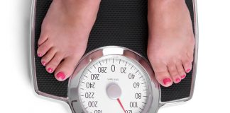 standing on weight scale, does garcinia cambogia really work?